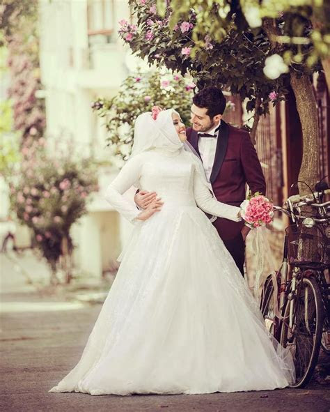 17 Best images about wedding dress in Muslim on Pinterest