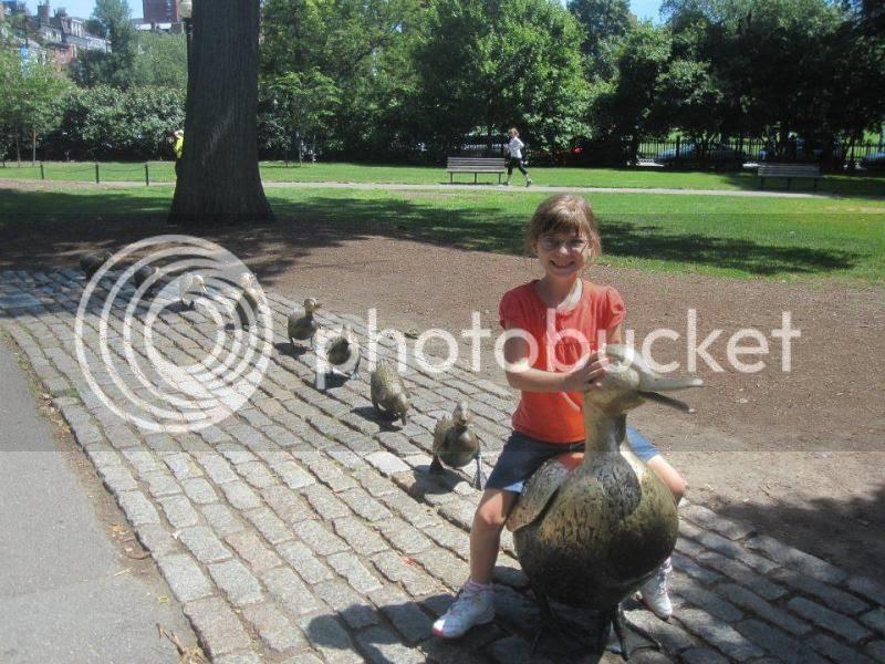 Make Way for Ducklings sculptures