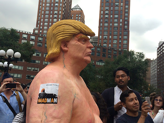 Street Artists Erect Nude Sculpture of Donald Trump in New York's Union Square [UPDATED]