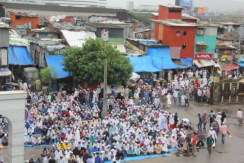 Eid Ul Fitr Namaz 2013 Station Road Bandr by firoze shakir photographerno1