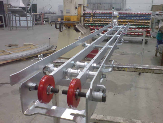 Stainless Steel Conveyors – The Benefits of Metal Conveyance Solutions