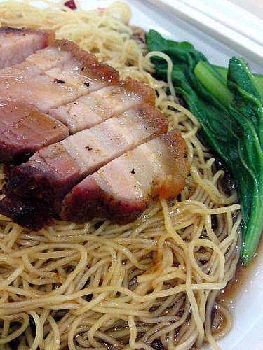 Roast pork noodles