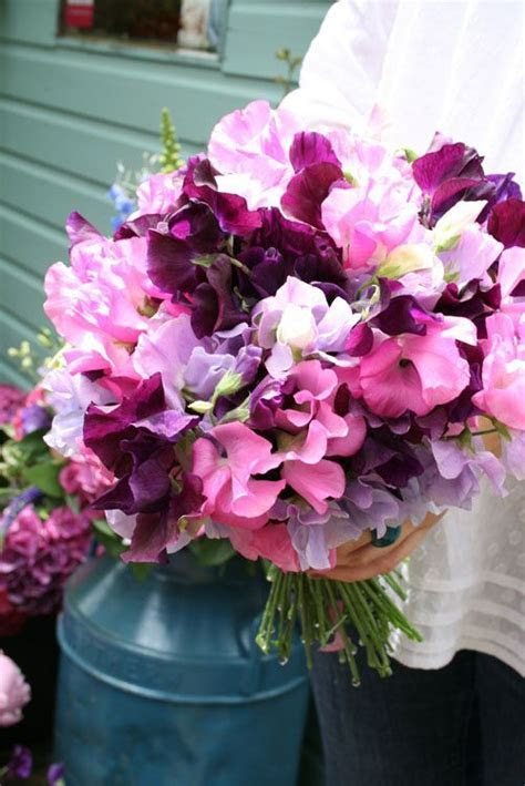 Wedding Wednesday :: Sweet Pea Bouquets   Flirty Fleurs