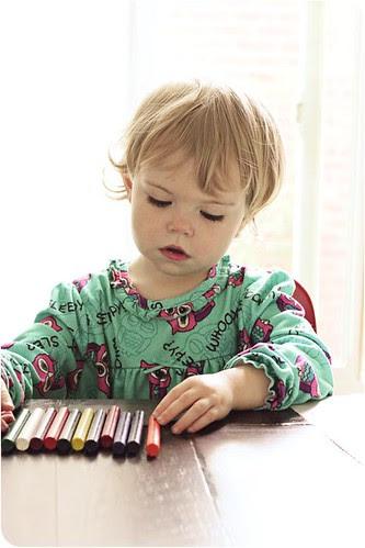 Eva Crayons web.psd