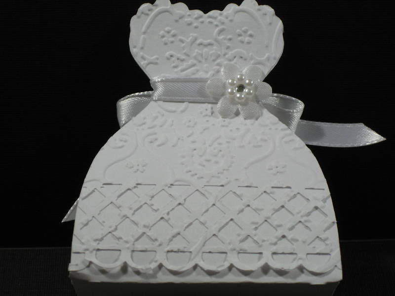 25 Embossed Bride Dress Wedding Favor Boxes