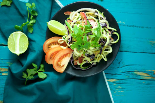 Raw Zucchini Noodle Pad Thai - Naked Cuisine