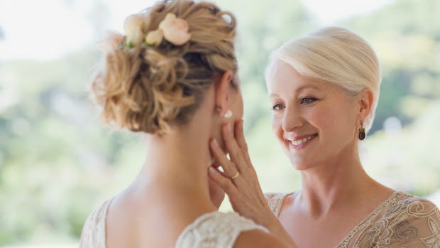 Mother of the Bride Hairstyles ~ Ideas, Looks, Inspiration, Photos ...