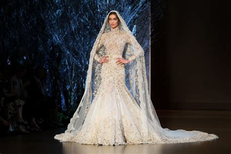 Ralph & Russo FW2015   haute hot couture news