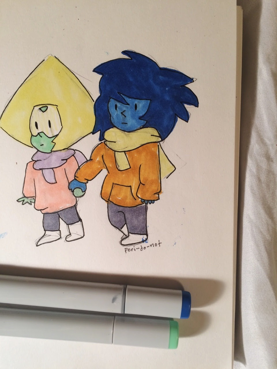 my version of @j-aspidot's cute little doodle of jaspidot but with lapidot! ✨💚