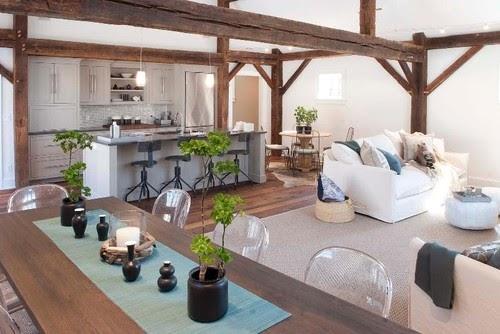 Un maravilloso salon con aires rusticos y modernos