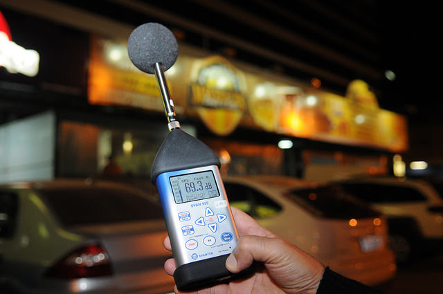 Fiscalização contra poluição sonora (Foto: Renato Araújo/Agência Brasília)