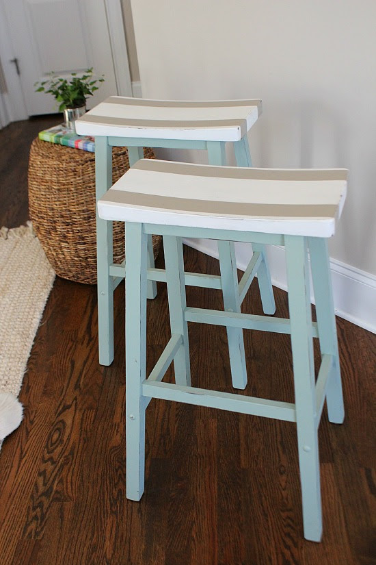 Painted-bar-stools-for-a-fun-keeping-room