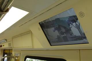 台北捷運381型電聯車:旅客資訊顯示器(VPIS)