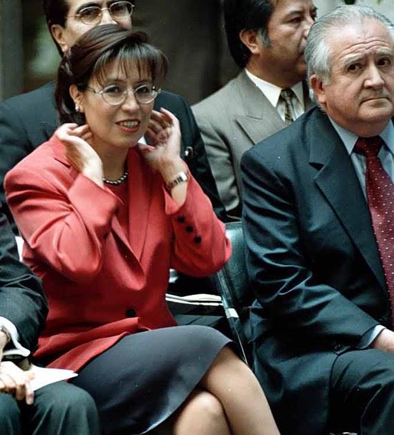Rosario Robles: LA ENAMORADA ROSARIO ROBLES, LOS VIDEOS CONTRA AMLO Y La