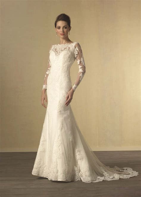 Long Sleeve Wedding Dresses: Our Favourite Styles