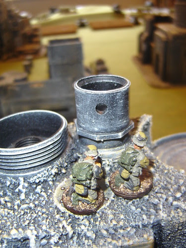 Merc sniper team sets up