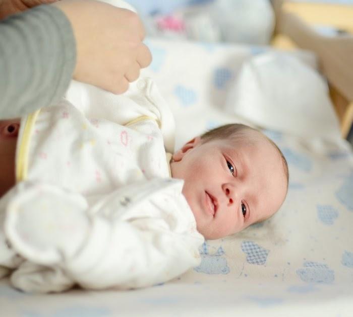 Foto Bayi Lucu Perempuan Baru Lahir - Gambar Ngetrend dan ...