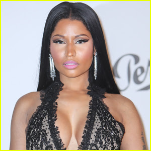 Nicki Minaj Joined Snapchat & Fans Blew Up Her Phone!