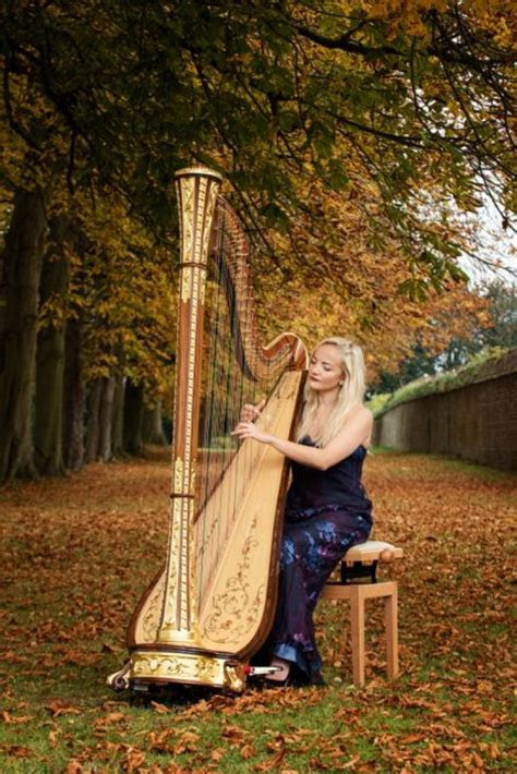 Leicester Harpist For Hire   Harpist For Weddings