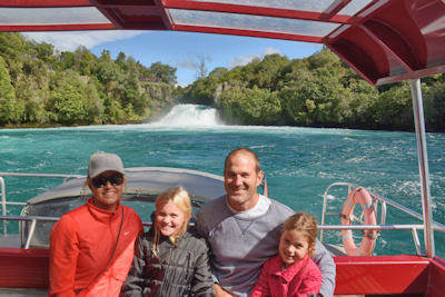 Ten Hot Tips for Motorhoming Around New Zealand with the Family