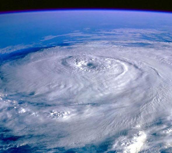 El Nino Cyclone Pacific Ocean