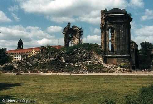 Frauenkirche 1990