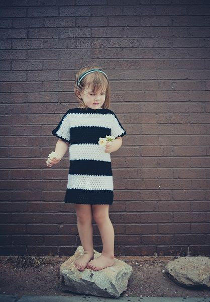 15 Beautiful Free Crochet Patterns for Girls' Dresses |
