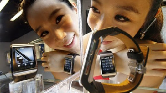 Samsung is soon going to launch wristwatch like Smartphone Galaxy Gear