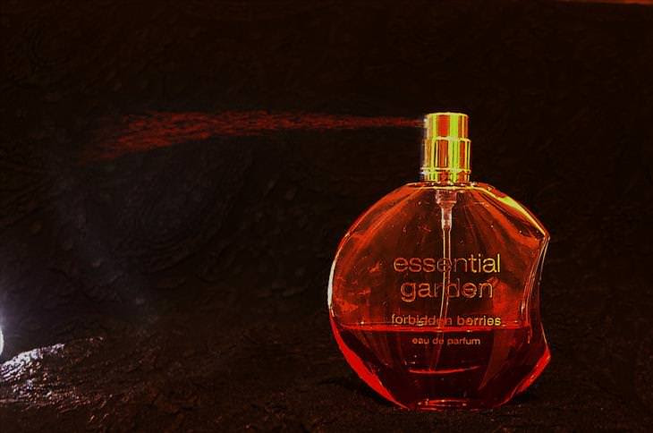 como fazer o perfume durar mais