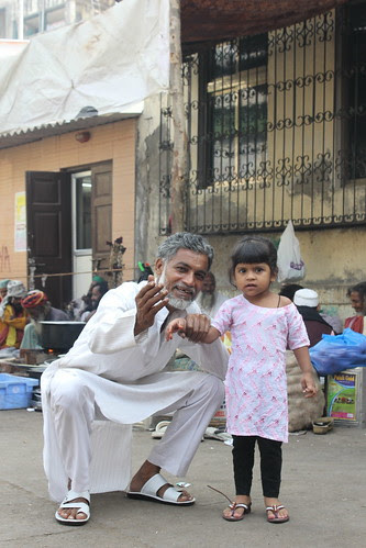 Hafiz Sab Is Telling The Little Girl.. Meet The Dam Madar Malang  of Bandra by firoze shakir photographerno1
