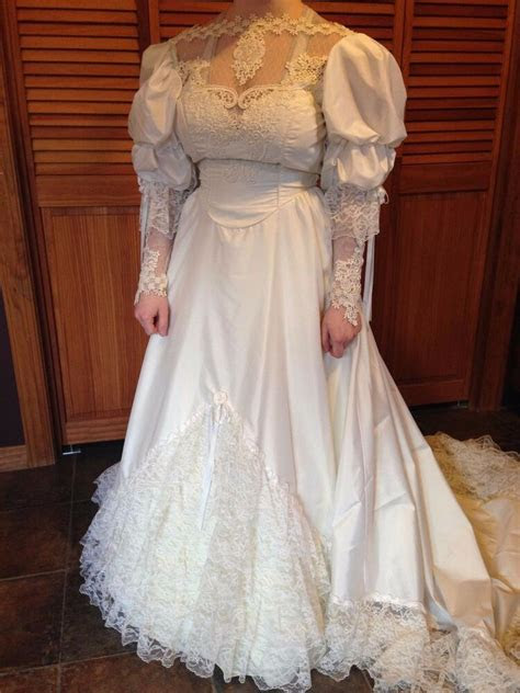 vintage wedding gown wfloral lace applique sequined long