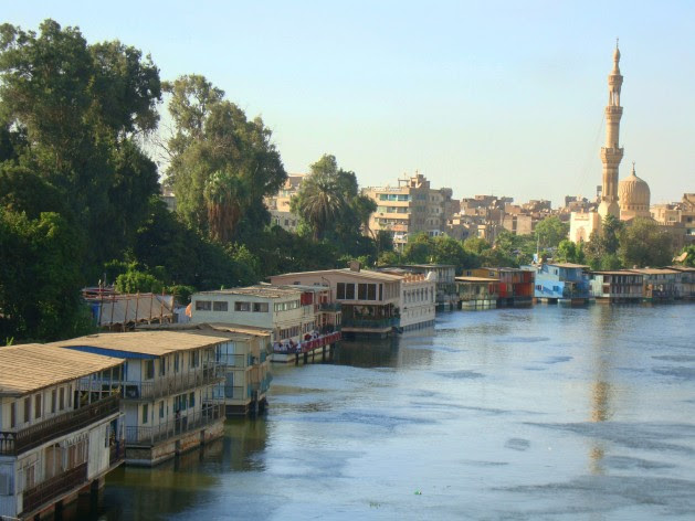Houseboats line the Nile bank in Cairo. Some 85 million Egyptians depend on the Nile for water. Credit: Cam McGrath/IPS.