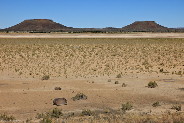 Karoo Salt Pan R386