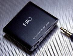 FiiO E5 portable earphone amplifier