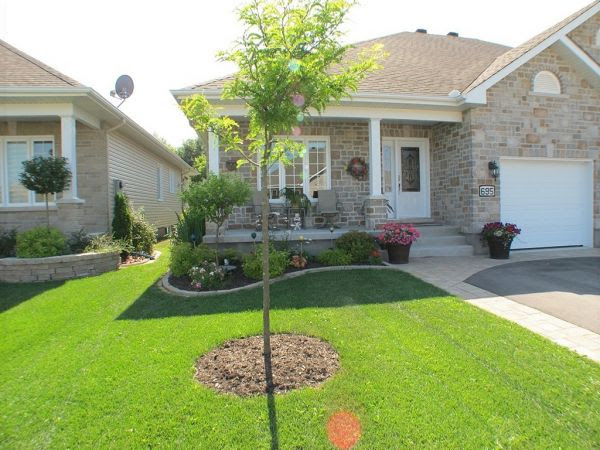 Landscaping plan: Landscaping ideas for front yard of semi ...