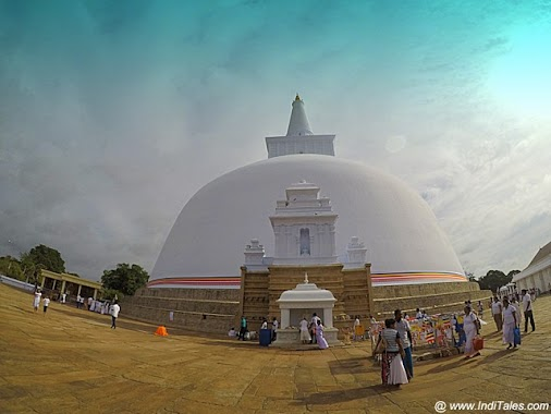 Ruwanaweli Seya Stupa, Anuradhapura - Things to see in the ancient capital of Sri Lanka read more  #...