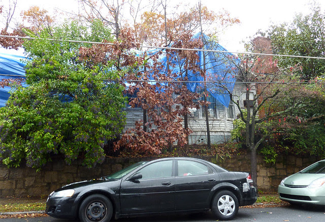 P1020739-2011-11-28--1148-North-Highland-VaHi-Teardown-maybe-South-Facade