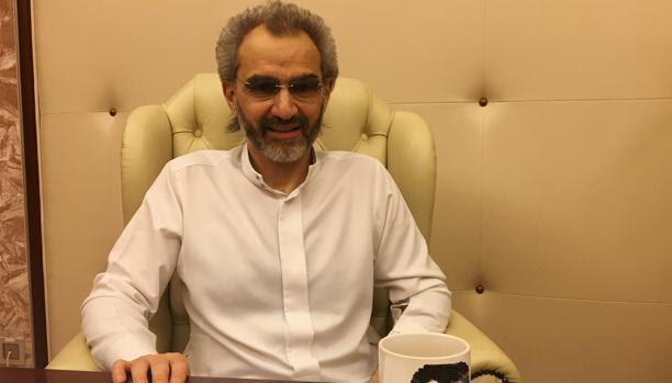 Bin Talal, en la suite del Ritz de Riad donde estuvo preso, tras alcanzar un acuerdo para ser liberado