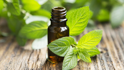 Quick Fix: Peppermint Oil For Irritable Bowel Syndrome (IBS)