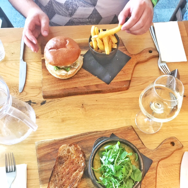 Review: The Tack Room, Newmarket