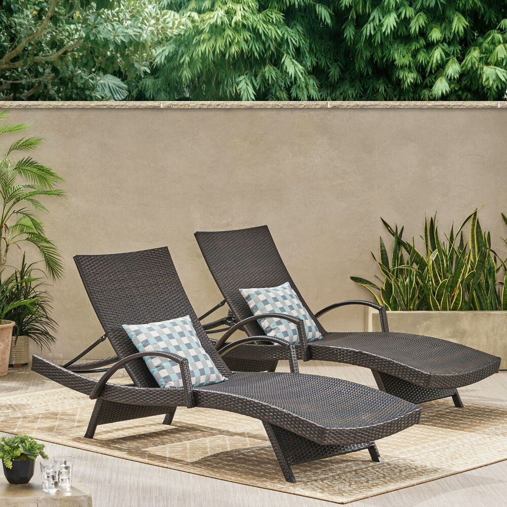 (Set of 2) Outdoor Brown Wicker Armed Chaise Lounge Chair ...