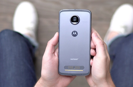 Moto Z2 Play Review: Return of the Battery King? | Droid Life