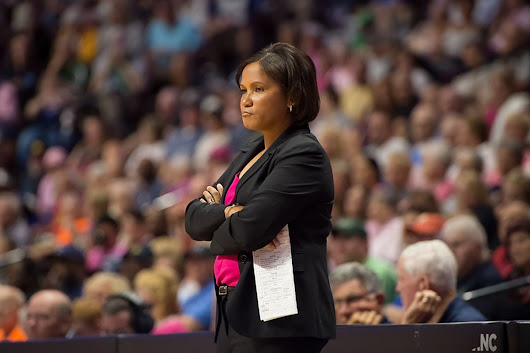 Tamika Catchings' jersey retirement  wasn't enough to will the Fever to a win!