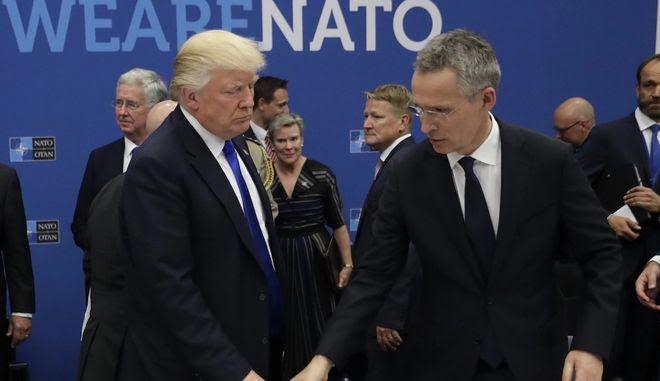 """Εύσημα Τραμπ στην Ελλάδα για τις αμυντικές δαπάνες - """"Κεραυνοί"""" για τη Γερμανία"""