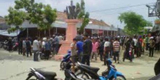 Warga Desa Agom Bergerak ke Desa Balinuraga
