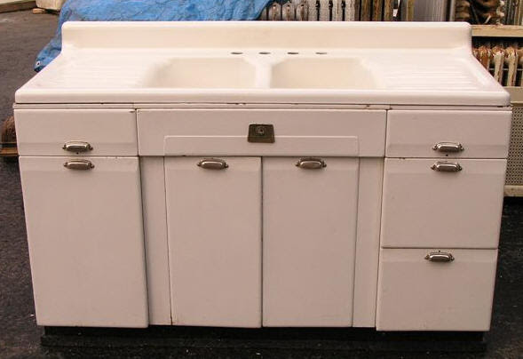 Vintage style kitchen drainboard sinks - Retro Renovation
