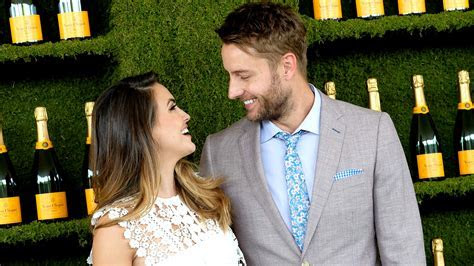 Justin Hartley & Chrishell Stause of 'This Is Us' Tie The Knot
