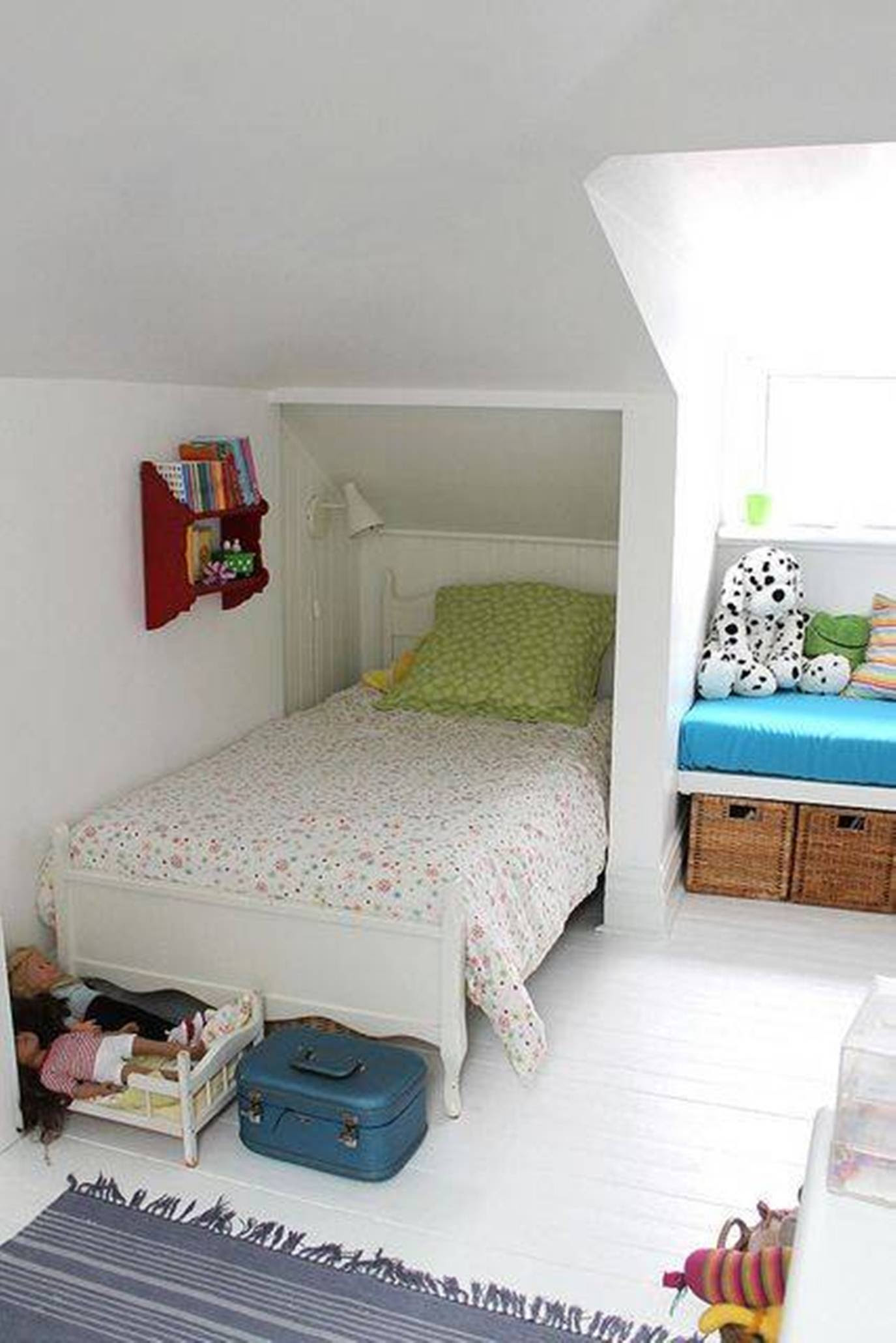 small kid attic bedroom