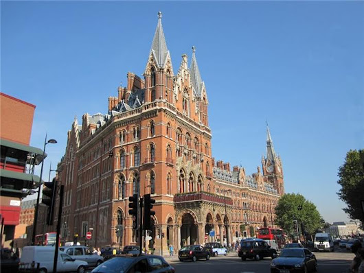 St Pancras Area Guide UK | Houser