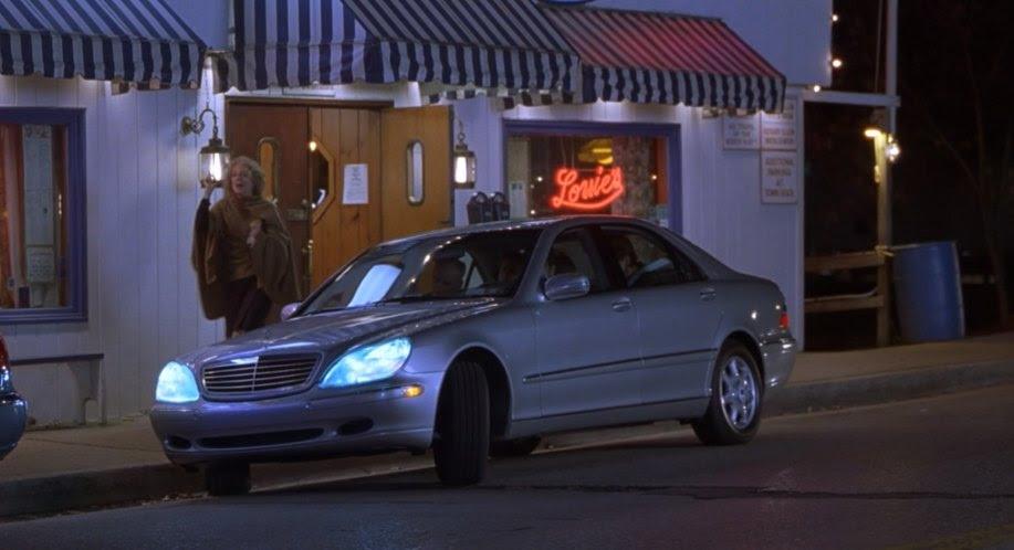 "IMCDb.org: 2000 Mercedes-Benz S 500 W220 in ""Meet the ..."